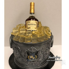Henney Bucket with Ice