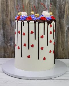 Queen of Hearts Drip Cake
