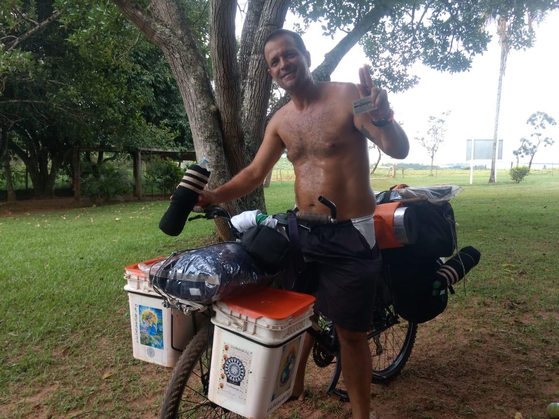 Ciclista Pousada MS a GO pousada