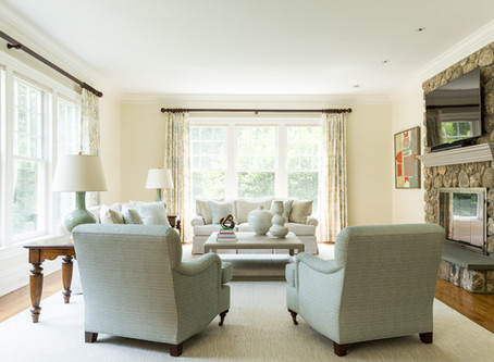 NEW CANAAN: TRADITIONAL TO TRANSITIONAL