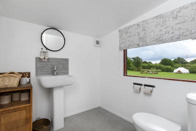 Washroom WC.jpg