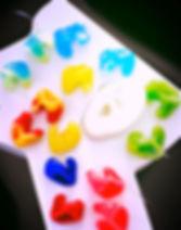 tampões de água coloridos