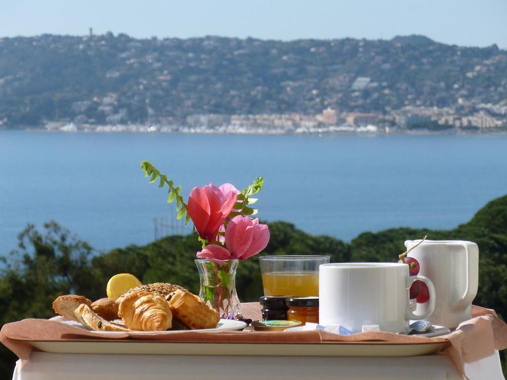 Hôtel Antibes Août Moins Cher avec P2S Travel