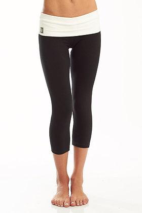Satya Yogawear 'Navi' Capri Yoga Pants