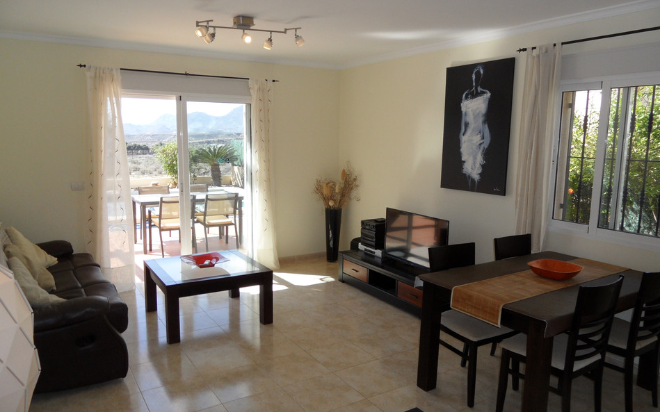 arabella-lounge2.JPG