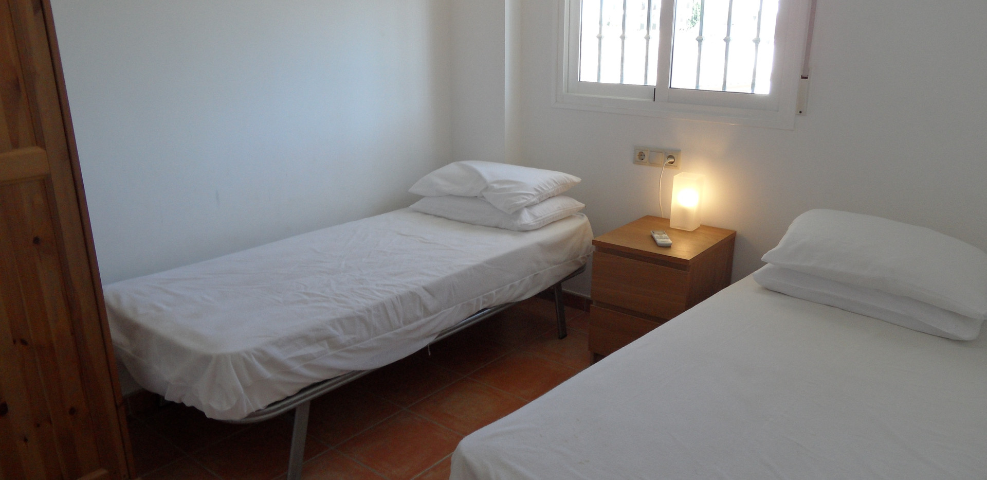 bed3 (2).JPG