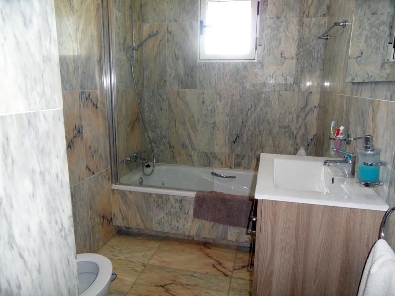 bath1_l.jpg