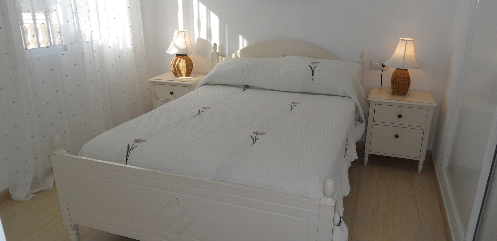 manuarna_bed1.JPG