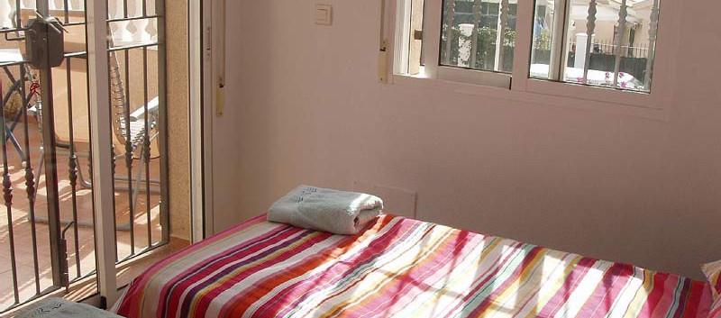 bed3-l.jpg