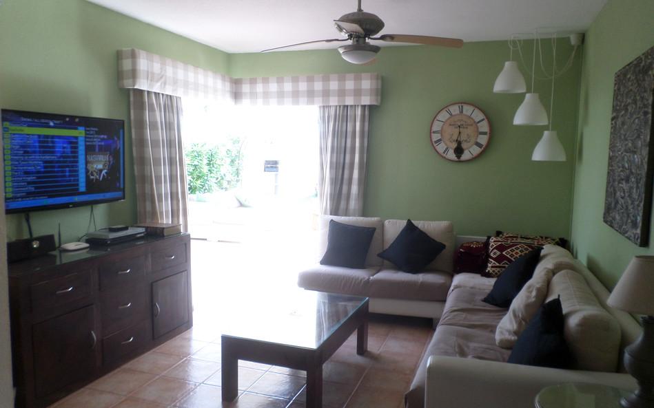Lounge-60.jpg