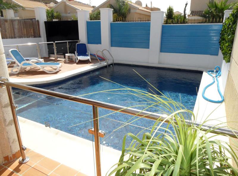 pool3_l.jpg