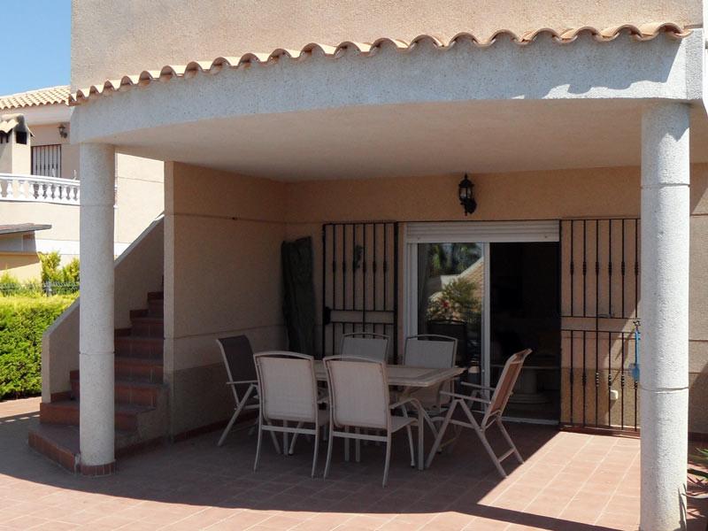 terrace2_l.jpg
