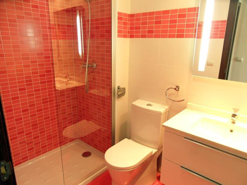 showerroom_l.jpg