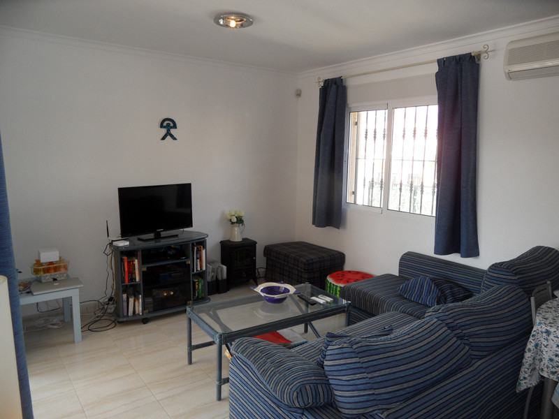 lounge2-l.jpg