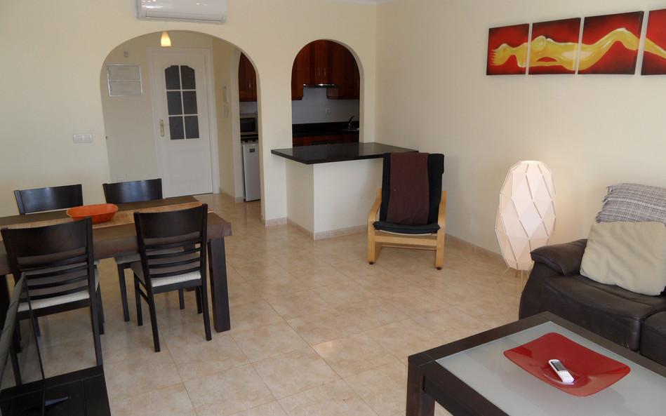 arabella-lounge3.JPG