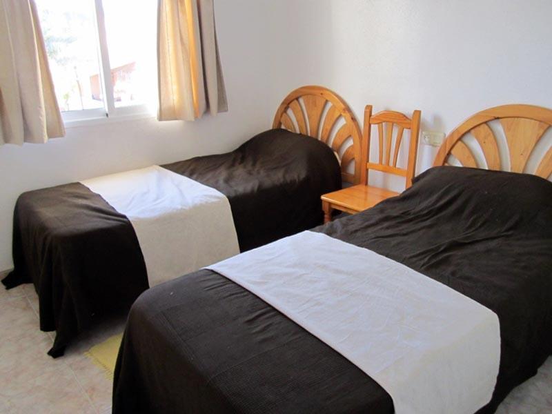 bed2_800x600.jpg