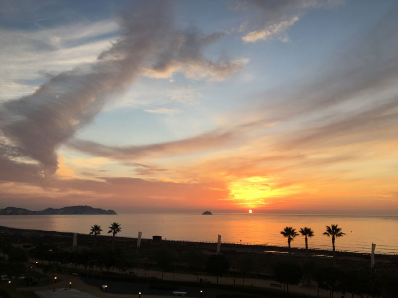 sunset_l.jpg