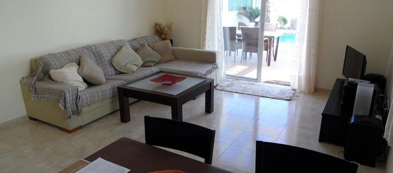 lounge800x600.jpg