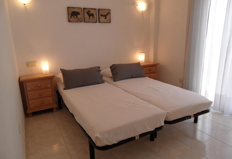 bh55_bedroom2.jpg