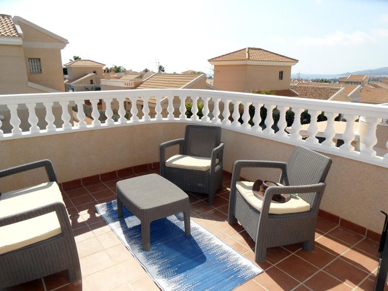balcony_l.jpg