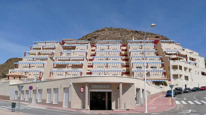 edificio-front_l.jpg