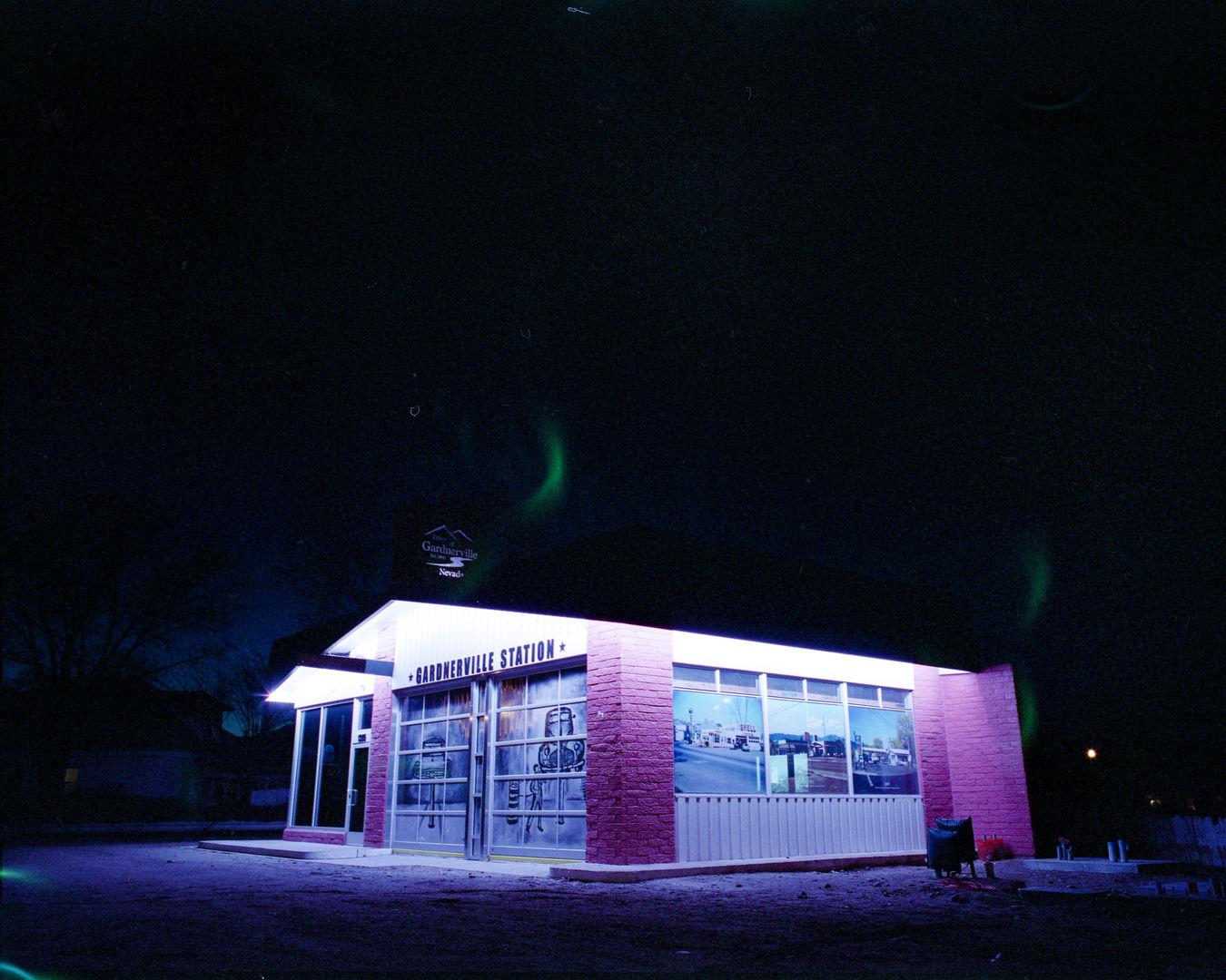 Fuji Pro 400H Night01.jpg