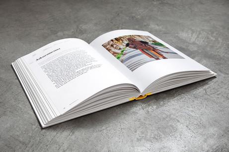Breastfeeding 101 Book - Mock-up sample