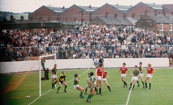 Glentoran v Man United