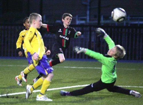 David Sloan scores a vital goal !