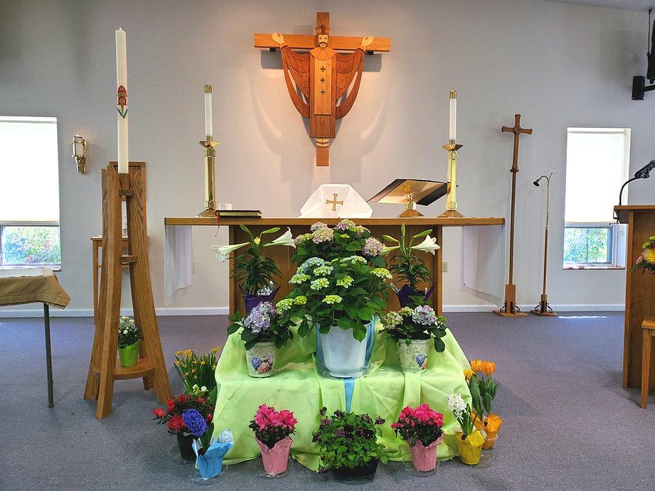 Easter Altar.jpg