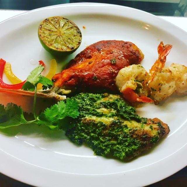 Dorade-seafood-talla-cilantro-pesto-ital