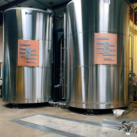WHAT IS THE PROCESS OF DISTILLING AN ALCOHOLIC BEVERAGE?