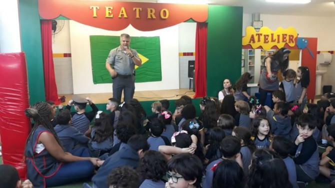 Visita do 2º sargento Tenório