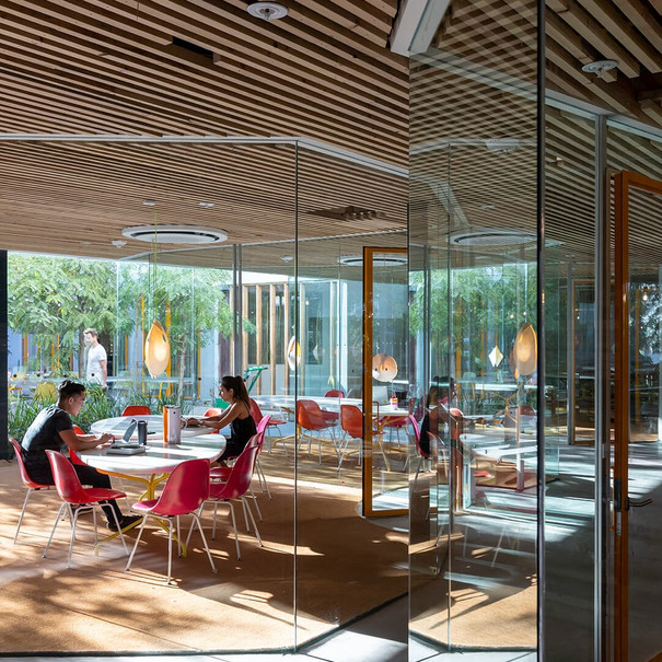 How COVID-19 could impact workplace design: from open plan to open air