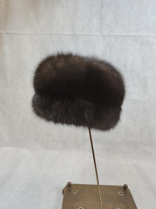Меховая шапка из соболя