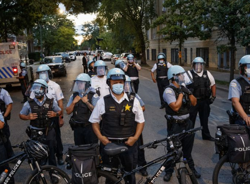 "Chicago Mayor Bans Police from Arresting her With ""Peaceful"" Protesters"