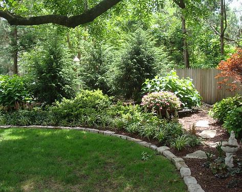 Backyard (22).jpg