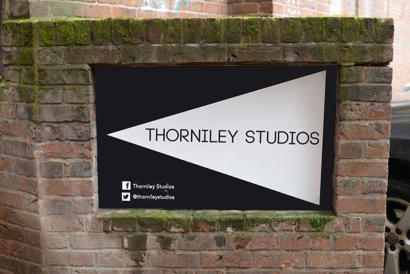 Thorniley Studios, sign
