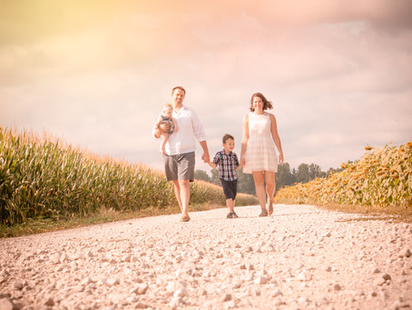THE DANIELS | FAMILY LIFESTYLE SESSION at WELDON SPRINGS SUNFLOWER FIELD