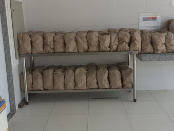 Doação de pães na Casa de Fátima (Jan 2021)