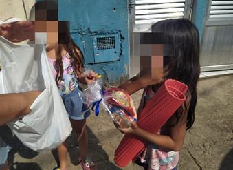 Ação social dia das crianças - GEFF Santos, SP