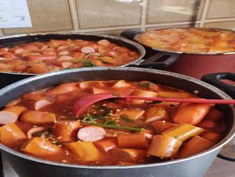 Comida para moradores de rua em Cascadura - RJ