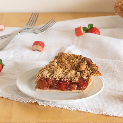 Strawberry Rhubarb Crumb