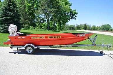 Dive Boat 18 foot sea ark 40hp Johnson 