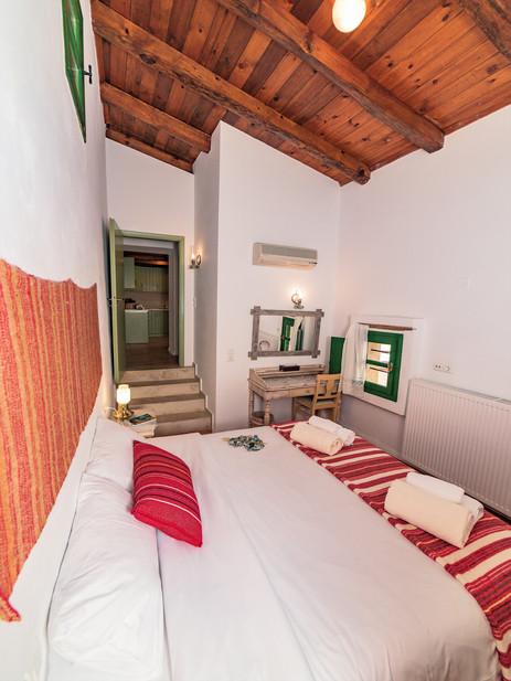 Dionysos Apartment