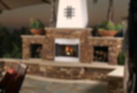 LX_Indoor_Outdoor_Fireplace_2_Photo.jpg