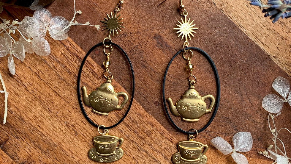 There's always time for Tea earrings