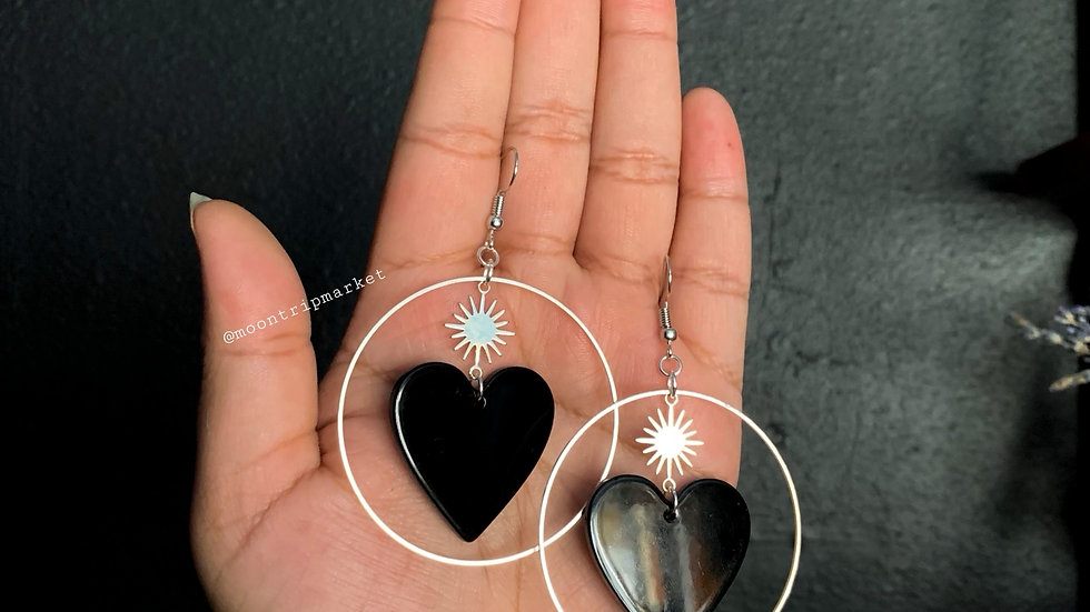 Strangelove earrings in Black