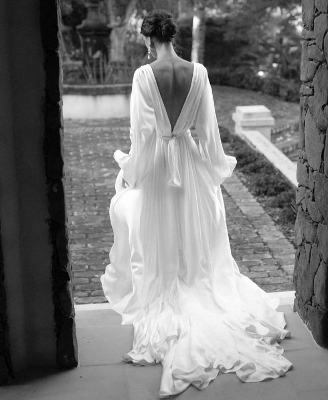 A Pronovias Gown for a Glamorous and Sop