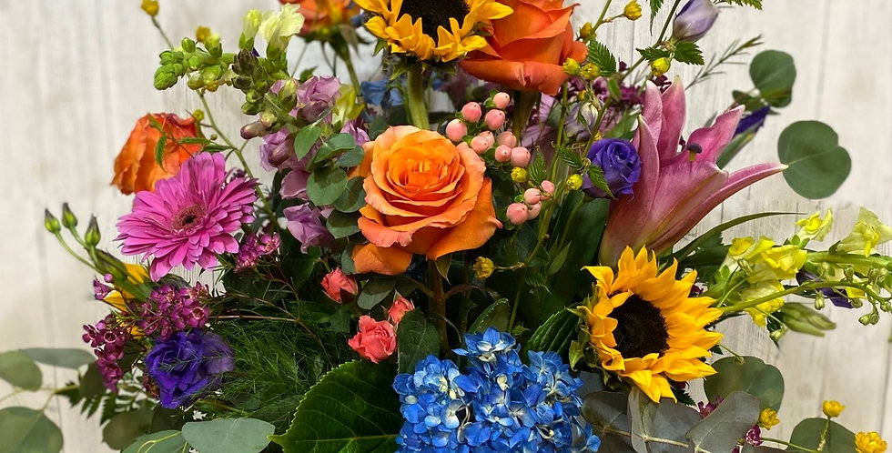 Mom's a SuperStar Bouquet